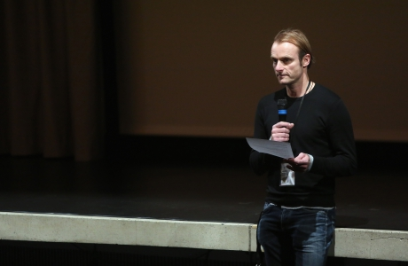 "Florian Wüst introducing the screening ""redux/time/OUT OF JOINT"" at transmediale 2017."