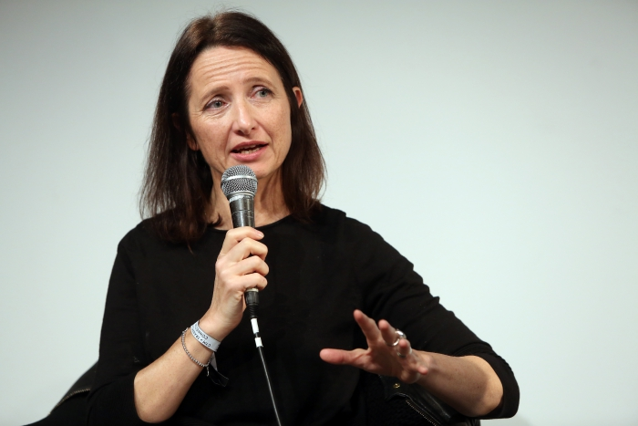"""Natalie Fenton at """"Middle Session: The Middle to Come"""", transmediale 2017"""
